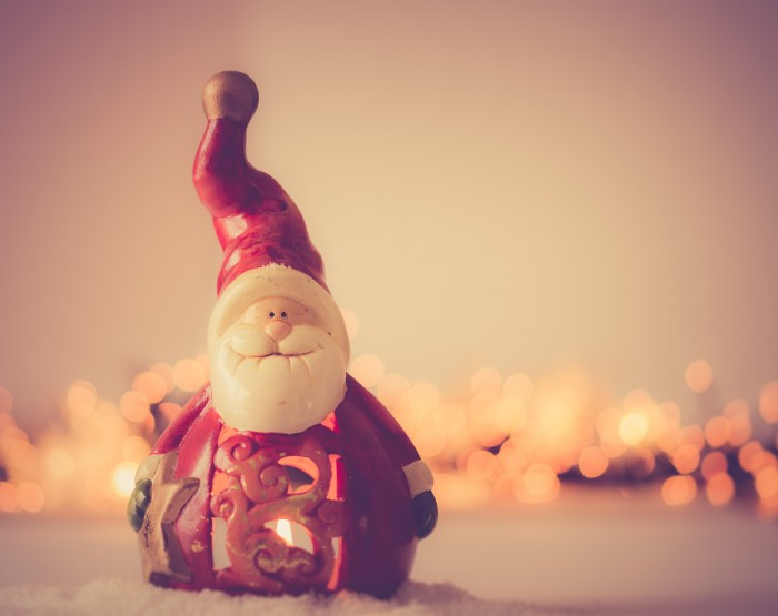shallow focus photography of santa claus figurine 728462