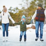 joyful family skaters 1098 15360